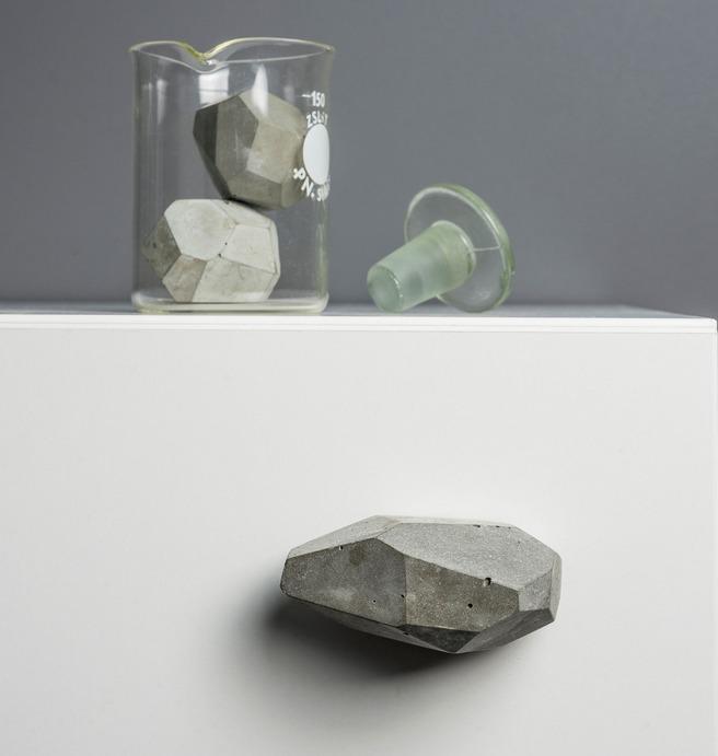 Uchwyty betonowe TEKT Concrete dla Plankton dla domu