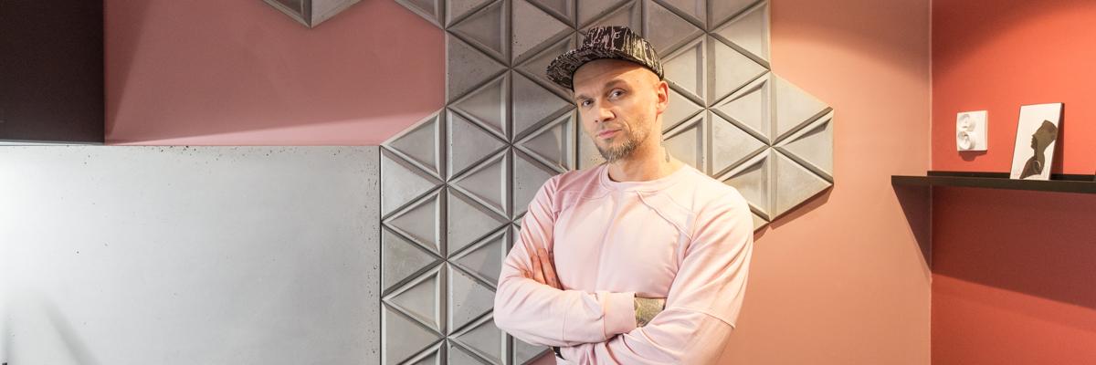 Kafle TEKT w programie Tomasza Pągowskiego Remont w 24h w DOMO+