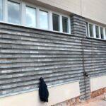 Plytki Trawer MILKE na elewacji budynku