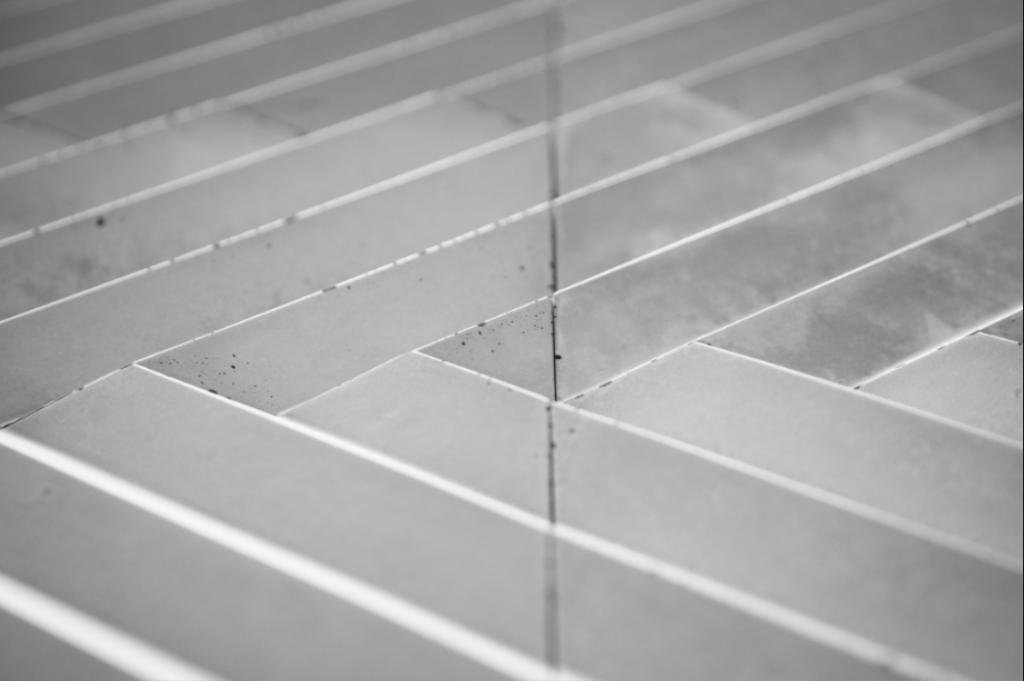 DIAGO 1 - linia TEKT Concrete - MILKE - realizacja