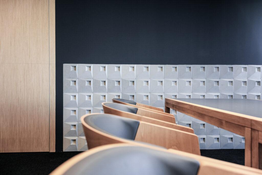 Kafle 3D z betonu architektonicznego SQR 1 - TEKT Concrete - biuro